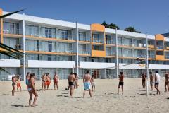 f_Beach-volleyball_f_4