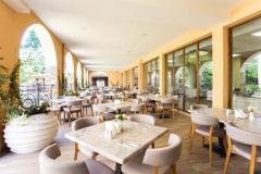 f_Buffet-Restaurant_Via-2_f_1