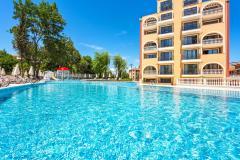 f_Outdoor-swimming-pool_new-19_f_1