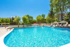f_Outdoor-swimming-pool_new-3_f_1