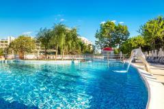f_Outdoor-swimming-pool_new-8_f_1