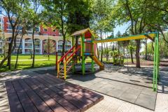f_Playground-2_f_2