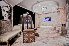 f_Country-Design-Suite-Royal-Castle-Design-SPA-20_f_1