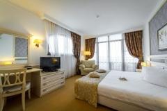 3SB_HelenaSands_room
