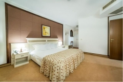 3SB_HelenaSands_room3