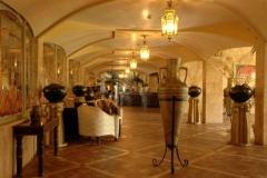 3Victoria-Palace-Lobby-1